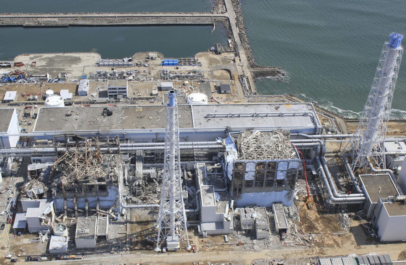 福島原発事爆発故後の写真