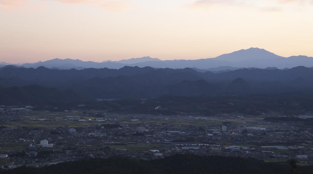 明王山から槍ヶ岳が見えた?